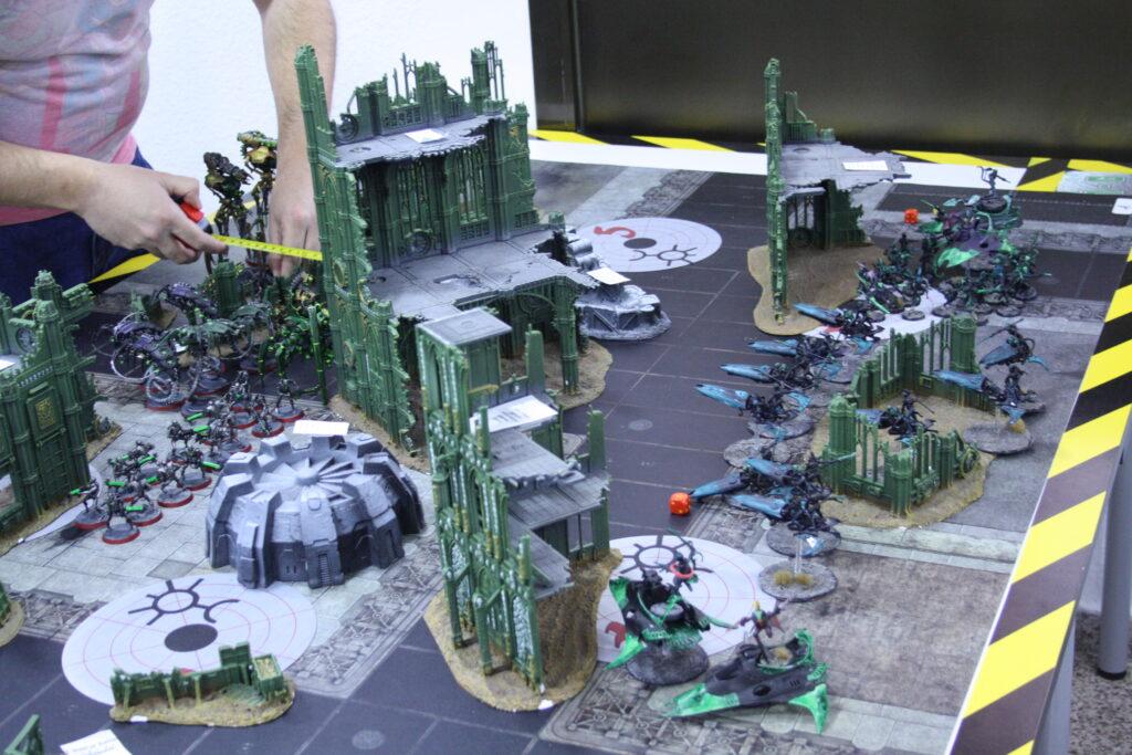 Mesa 1 Arlequines Vs Necrones